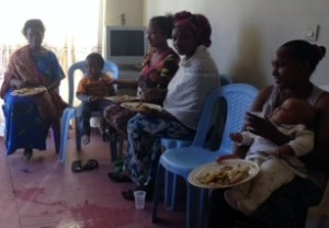 Mothers sharing a nutritious meal during a Childbirth Education Class.